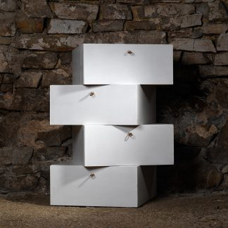 caissons MDF écologique laqués superposés quinconce portes rabattables meuble bois naturel écologique