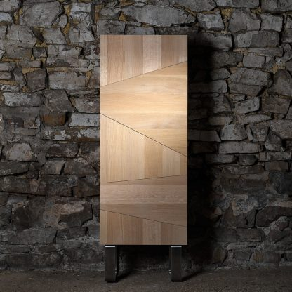 Meuble vertical chêne massif piétement inox brossé meuble bois naturel écologique